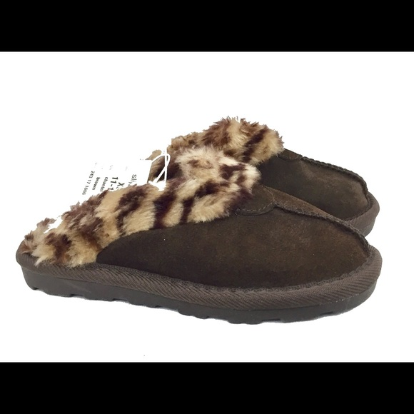 Target Other - Target Brown Suede & Fur Girl's Slippers Sz 11/12